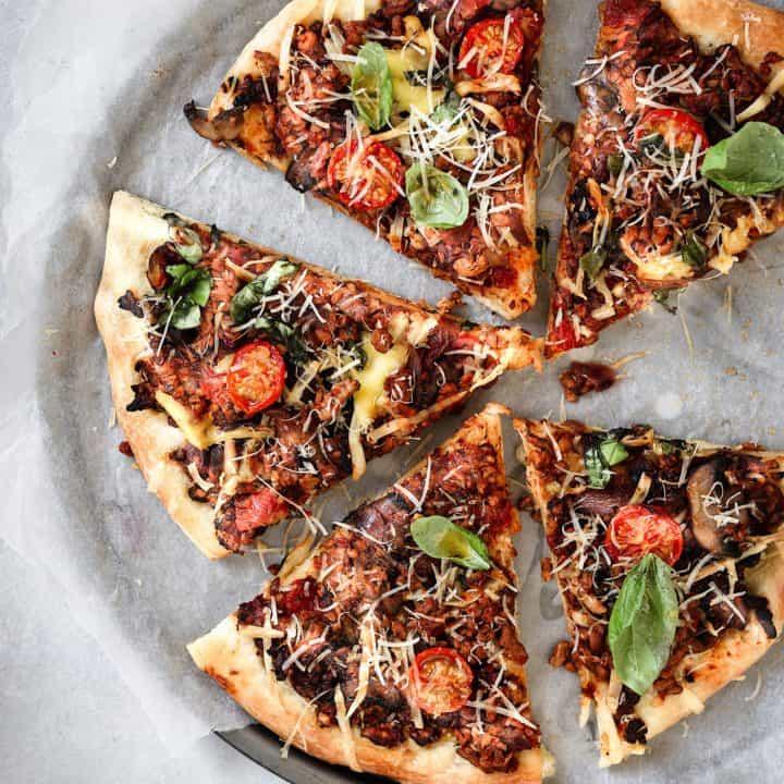 Vegan Bolognese Pizza