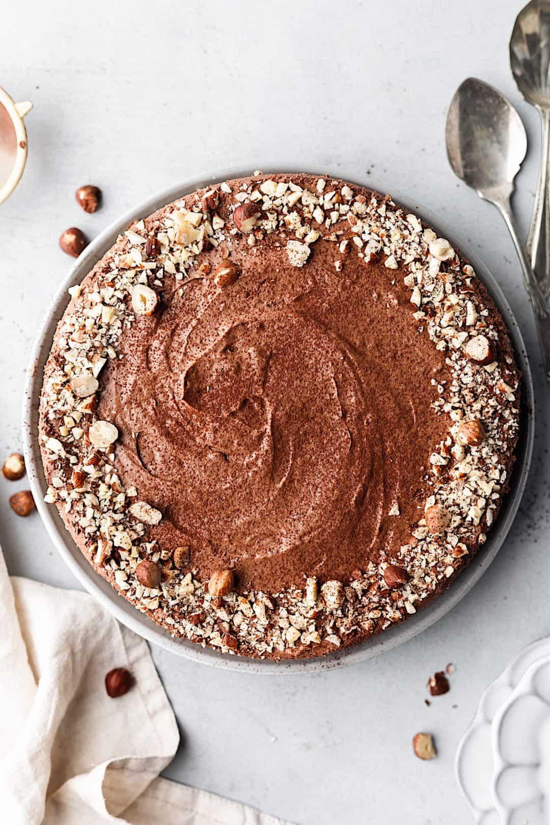 Vegan No Bake Chocolate and Hazelnut Cheesecake #recipe #vegan #cake
