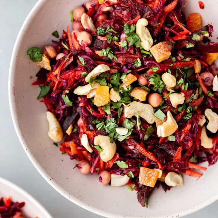 Vegan Beetroot Carrot Winter Salad #vegan #recipe #salad