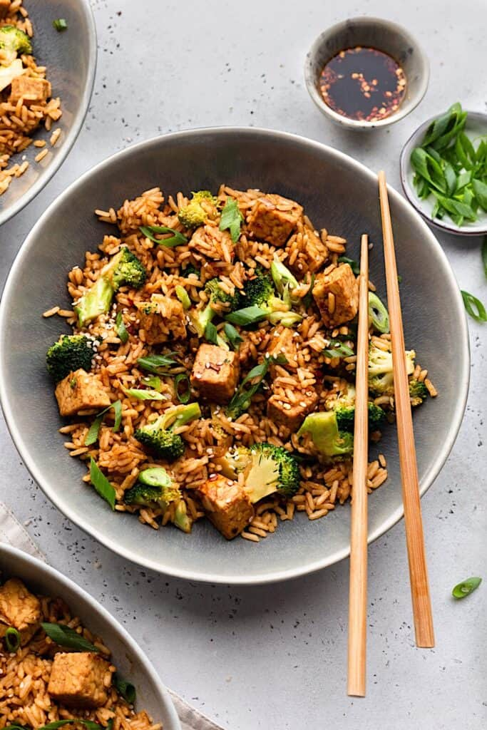 Vegan Tempeh Fried Rice #vegan #recipe #tempeh #broccoli #rice