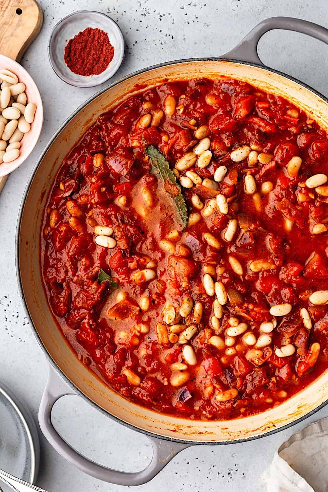 Vegan Sausage and Cannellini Bean Casserole #recipe #vegan #sausage #cannellini #bean #casserole #stew