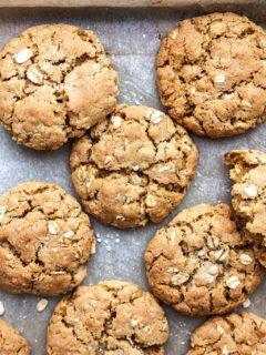 Vegan Chewy Oatmeal Cookies #vegan #oat #cookie #recipe #easy #dairyfree #eggfree