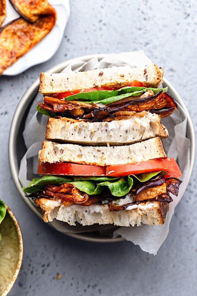 Vegan Eggplant Bacon BLT Sandwich #vegan #eggplant #aubergine #bacon #recipe #sandwich #lunch