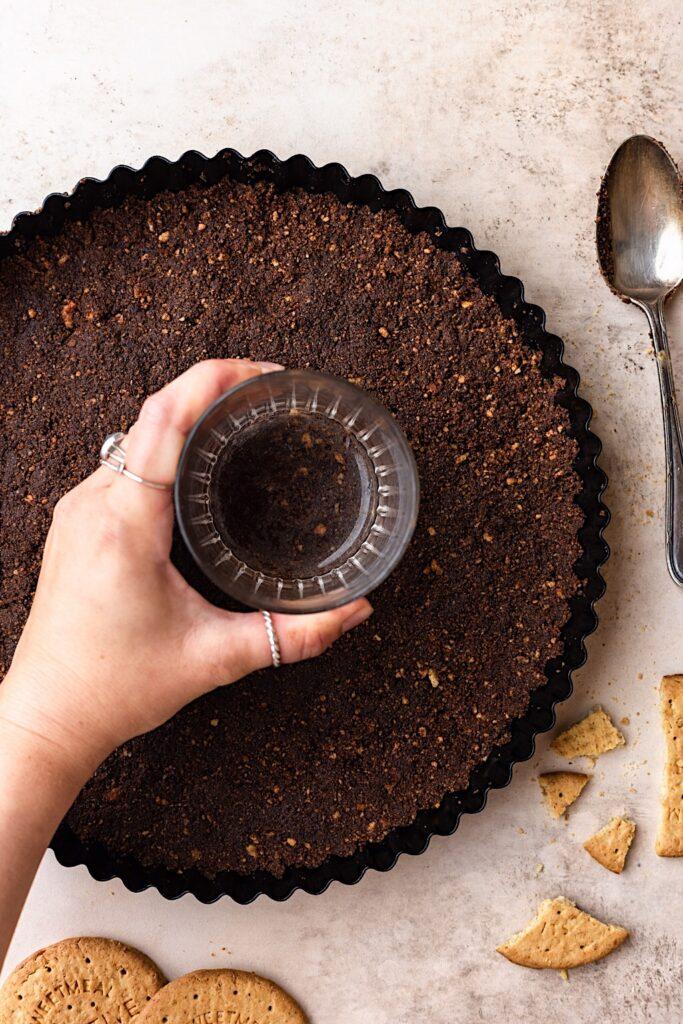 Chocolate Cream Pie Biscuit Layer