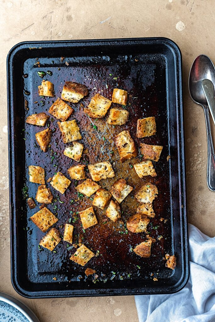 Herby Sourdough Croutons #croutons #bread #sourdough #vegan