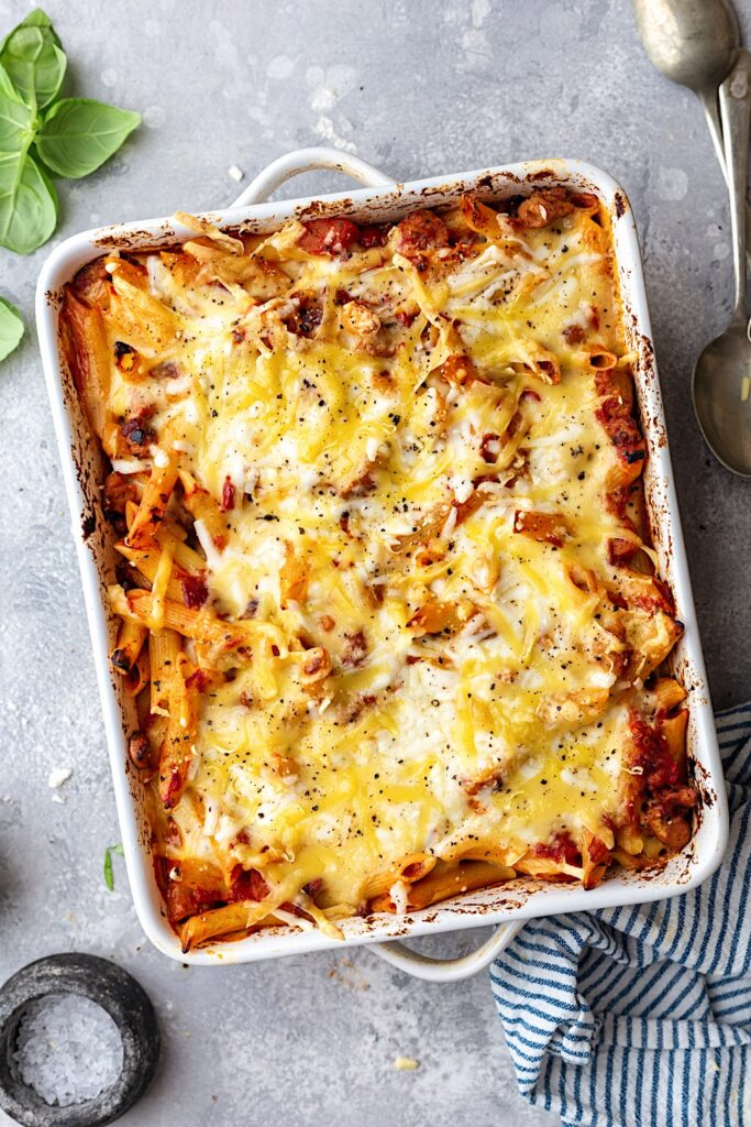 Vegan Cheesy Pasta Bake #pasta #vegan #dairyfree #comfortfood