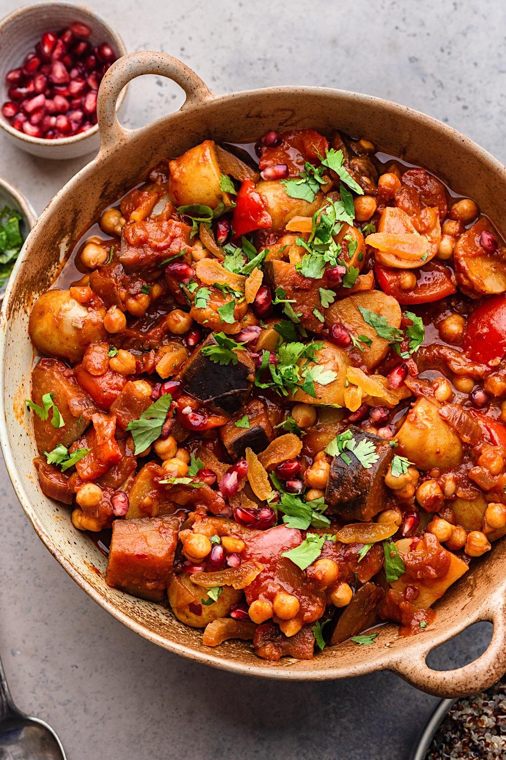 Harissa Vegetable and Chickpea Stew #moroccan #vegan #dairyfree #stew #onepot #recipe