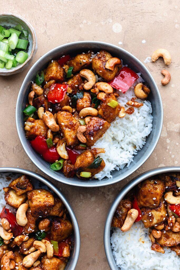 Vegan Chinese Cashew Tofu #cashew #tofu #stirfry #chinese #dairyfree #meatlessmeals #dinner