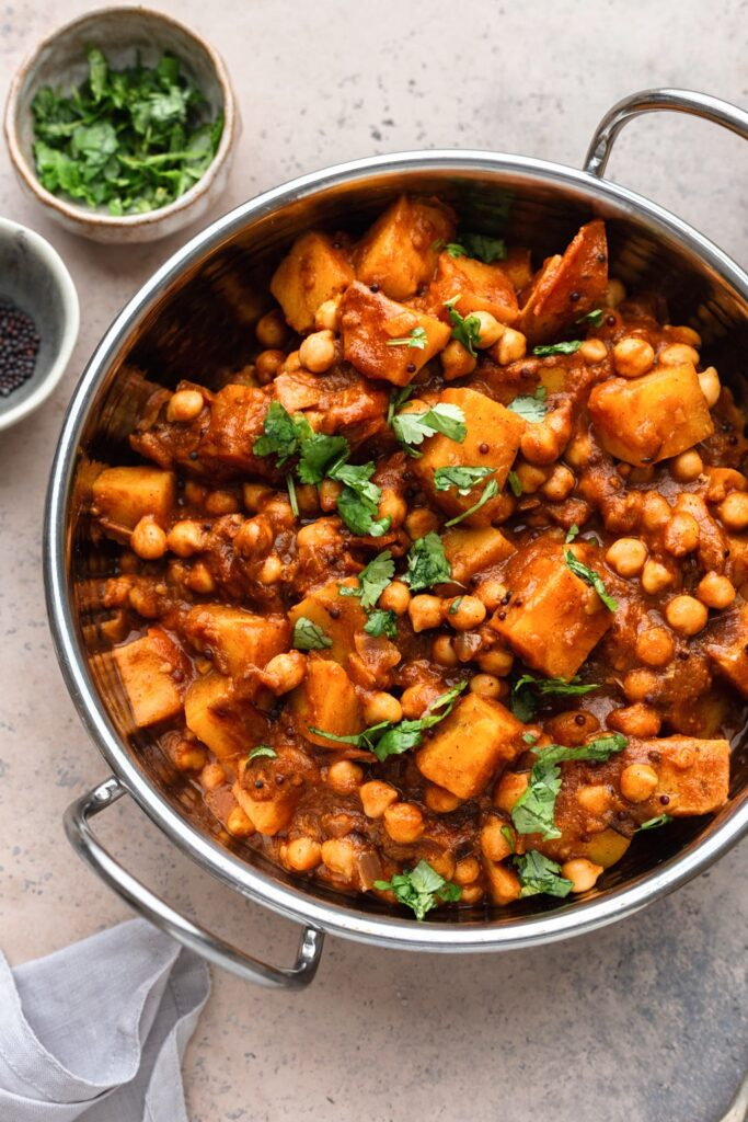 Vegan Potato and Chickpea Bombay Curry #curry #vegan #recipe #dairyfree #plantbased