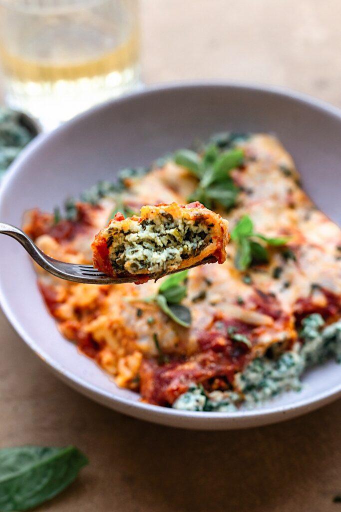 Vegan Spinach and Ricotta Cannelloni #spinach #ricotta #pasta #vegan #dairyfree #recipe